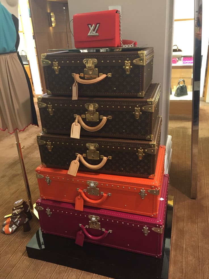 Louis Vuitton Trunk Luggage