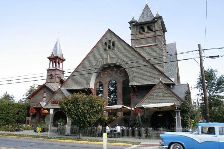 Terrapin, happenin' restaurant in Rhinebeck, NY.