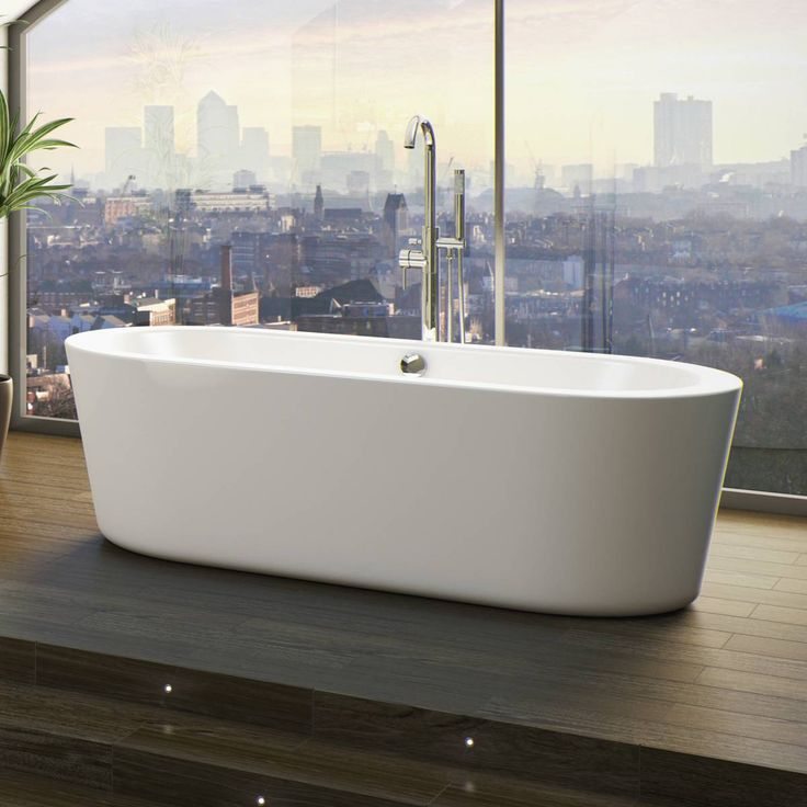 The Arc roll top bath will create a stylish and chic look in your new bathroom. The oval structure and smooth flat edged design are made from superior quality materials, which means the bath will look great throughout its lifetime, even if you change the decor of your bathroom the baths simple style will remain as the focal point