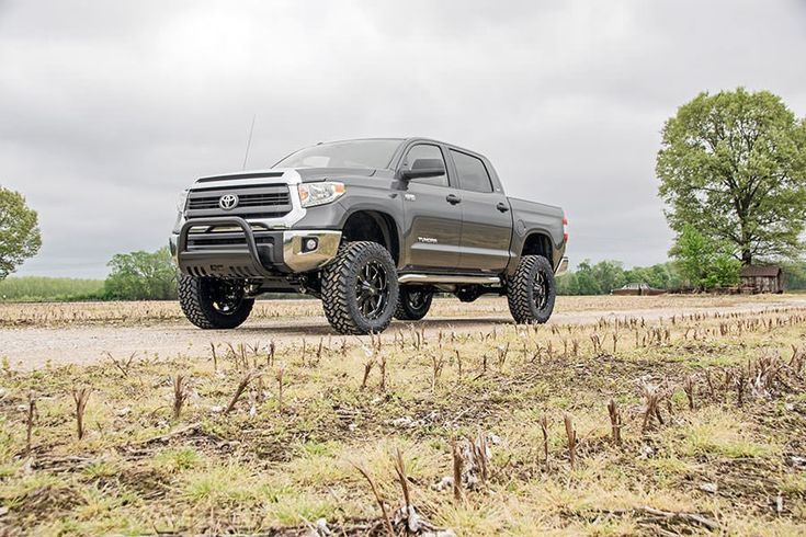 6in Suspension Lift Kit for 07-15 Toyota Tundra | Rough Country ...