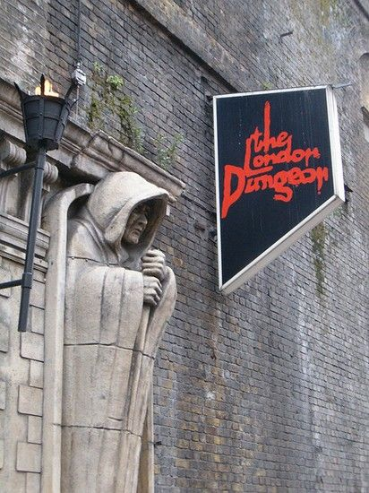 "to visit: ""The London Dungeon"" is a London tourist attraction, which recreates various gory and macabre historical events in a gallows humour style aimed at younger audiences. It uses a mixture of live actors, special effects and rides. Surly you will be scared! #London"