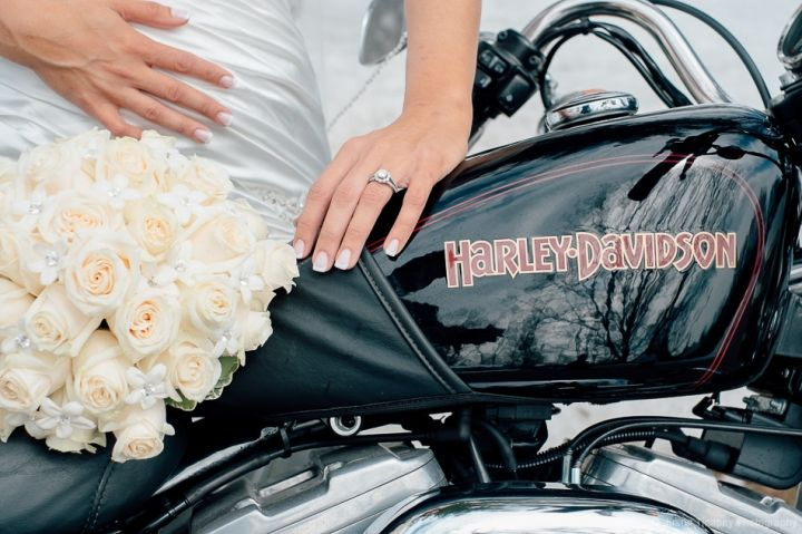 harley davidson motorcycle wedding - bride, bouquet, wedding ring and dress