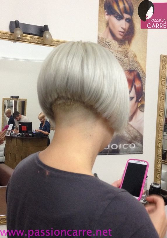 71 best images about short nape on pinterest inverted bob inverted bob haircuts and short - Nuque carre plongeant ...