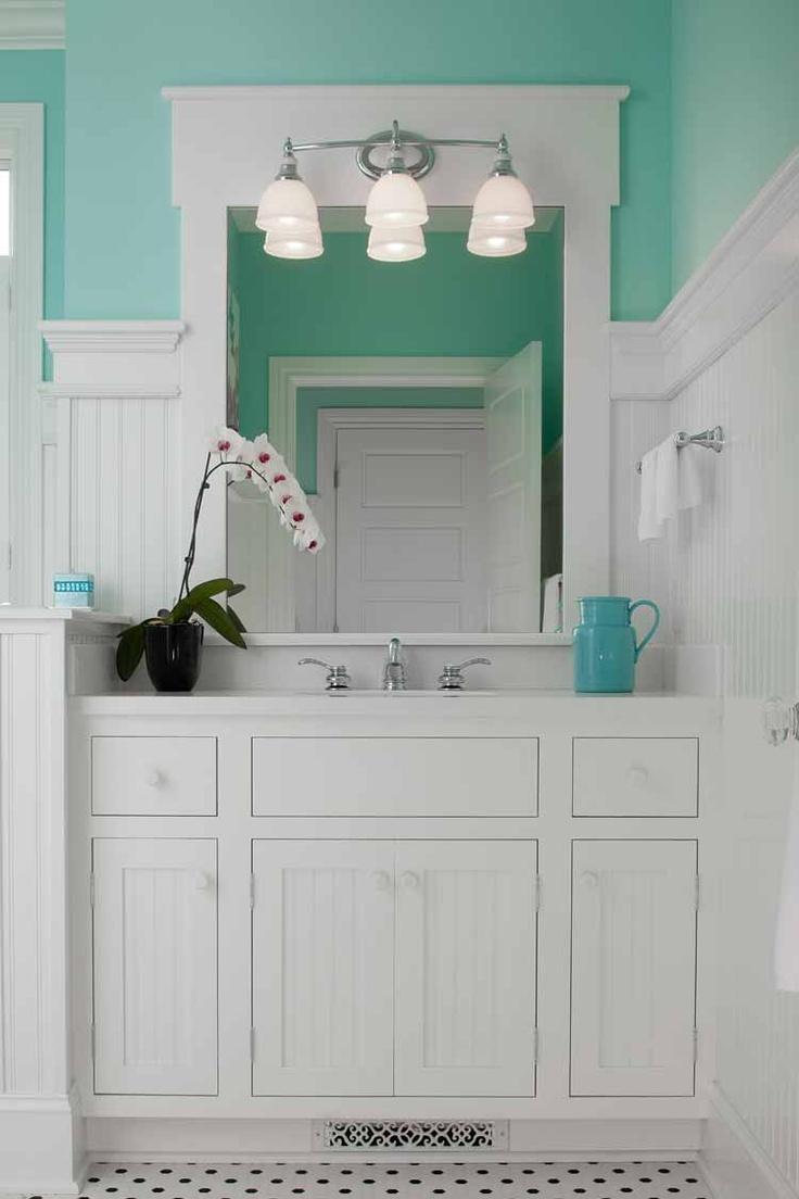 bathroom: Bathroom Design, Bathroom Vanities, Dreams Bathroom, Green Bathroom, Traditional Bathroom, White Bathroom, Bathroom Ideas, Paintings Color, Master Bathroom