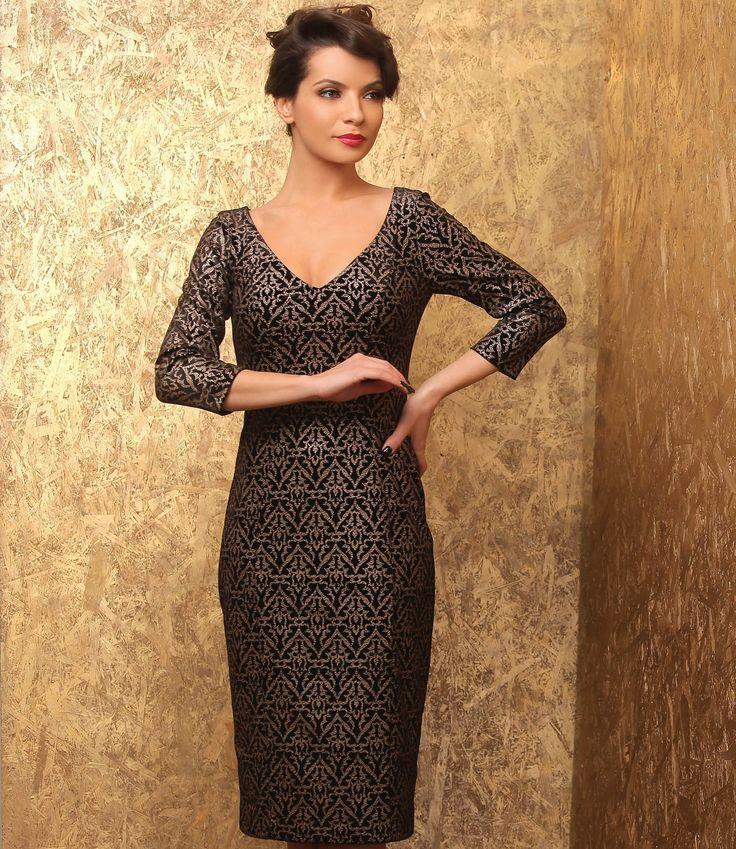 Velvet NIght #dress #velvet #gold #evening #elegant #style #black #yokko