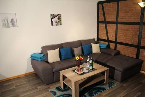 Apartment Haus Sternenhimmel Lehmrade Apartment Haus Sternenhimmel offers pet-friendly accommodation in Lehmrade, 50 km from Hamburg and 31 km from L?beck. Apartment Haus Sternenhimmel boasts views of the garden and is 45 km from Timmendorfer Strand.