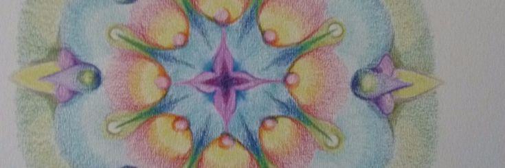 """Naar aanleiding van een aantal afbeeldingen van door mij getekende mandala's die ik op Yoors plaatste kreeg ik een aantal vragen. Veel mensen reageerden ook met """"Ik zou dat niet kunnen"""". Aangez"""