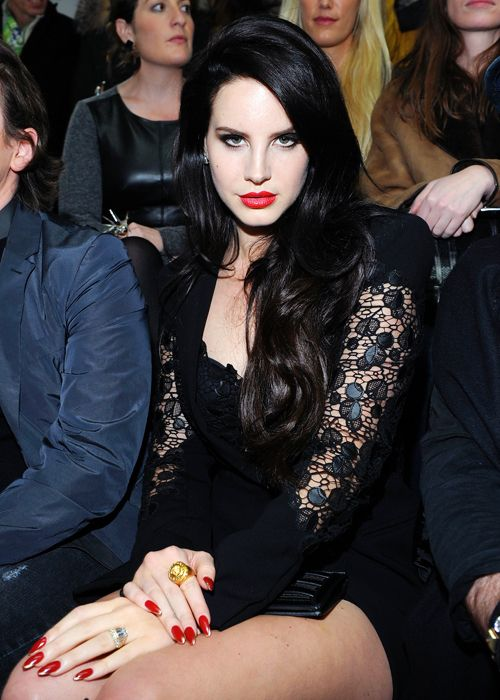 Lana Del Rey wearing her signature banging hot red lipstick looking flawless as always. I would marry her in a heartbeat.  #lanadelrey