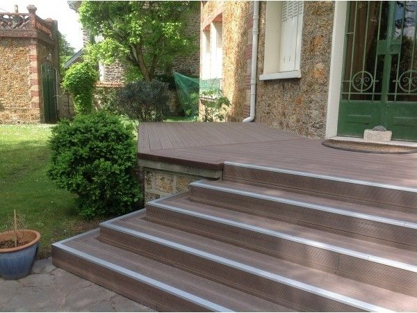 Lame terrasse en bois composite mdsa france marron for Lame de bois terrasse