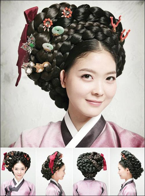 Traditional hairdos for Korean women. Some hairdos would weigh up to 10 pounds long ago!