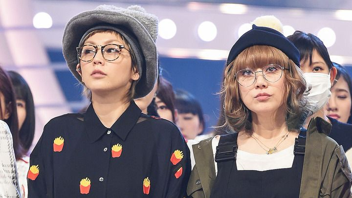 「第67回NHK紅白歌合戦」のリハーサルに登場したPUFFYの吉村由美さん(左)と大貫亜美さん