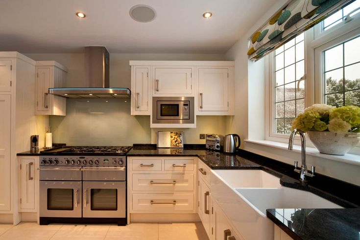 Granite Worktop Prices. Affordable Granite offers high quality worktops in SE England. See pricing examples here or contact us for a quote on 01293 863992.