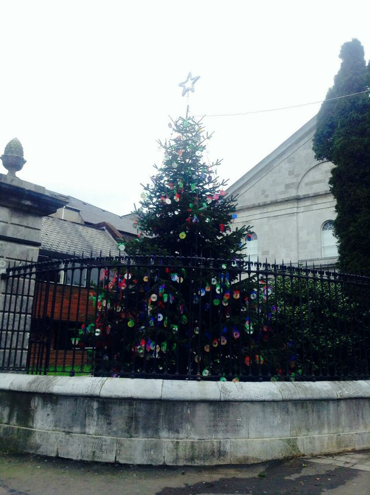 Christmas tree decorated by Cork school children. Tweeted by @GlowCork.