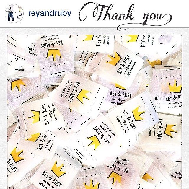 Satin printed label  #satinprint #labelcloting #labeltas #labelbaju #labelkaos #labelcloth #labelhijab #labeldistro #labelcloting #labelkerudung #labelprinting #labelprinted #printinglabel  Terima kasih @reyandruby More success!