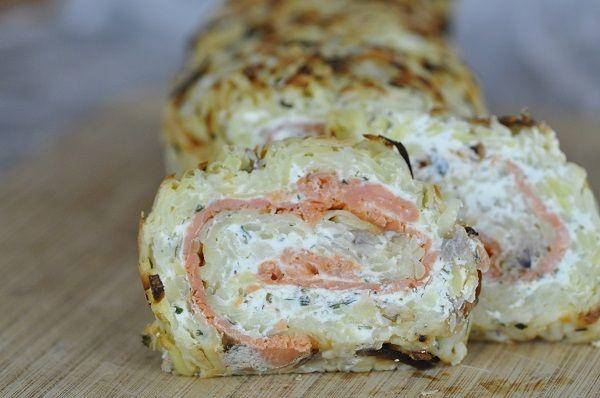 Roulé de pommes de terre au saumon fumé et fromage persillé (potato roll with smoked salmon and blue cheese).