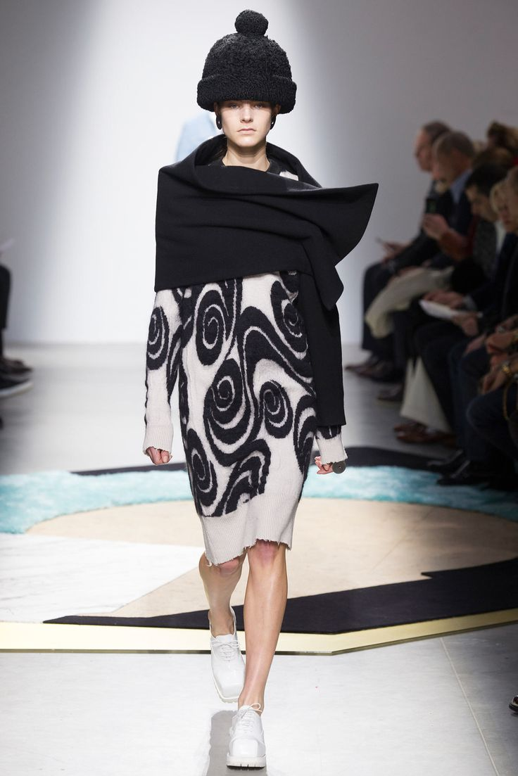 Acne Studios Fall 2014 Ready-to-Wear Fashion Show - Olivia David (Elite)