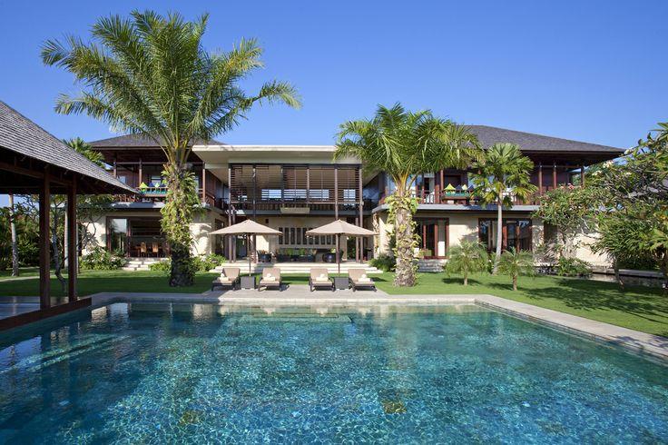 Overview of Bendega Nui http://prestigebalivillas.com/bali_villas/bendega_villas/23/
