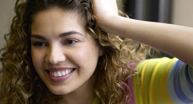Vinagre, maisena e + 4 alimentos que deixam seu cabelo lindo de verdade na hora - Bolsa de Mulher