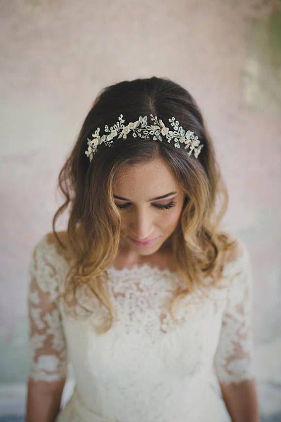 White hair vine,Crystal crown,White hair piece,Wedding hair vine,Bridal hair wreath,Wedding hair piece,Hair style,Beaded hair wreath