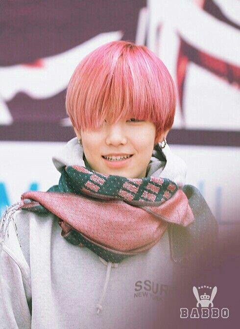 Zelo pink hair badman