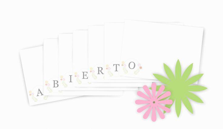 Celebraciones Caseras: tarjeta con inicial personalizada gratis