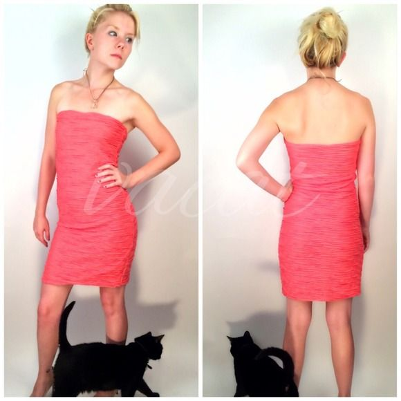 """Zara Pink Strapless Tube Dress Zara Evening Collections pink tube type strapless dress. Color is subjective, closest to Pantone 2014 camellia rose. Features ▪️all over ruching for 3D effect ▪️pull on style ▪️extreme curve hugging ▪️fully lined ▪️fabric provides some stretch Apprx measurements laying flat ⚫️underarm-underarm: 15"""" ⚫️️waist: 13"""" ⚫️️length front: 29"""" ⚫️️️length back: 27"""" Tagged Medium, fits as Small. Please compare measurements to similar garment. Cat NOT included. Model is Size…"""