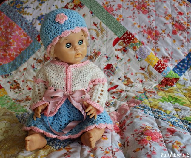 Sunshine x 3: Show & Tell: Crocheted dolls clothes