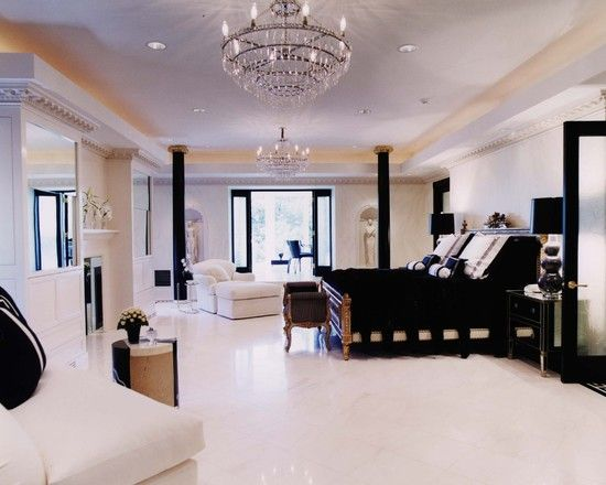 """Fabulous bedroom!! Love the black and white theme! Tres chic!"""""""