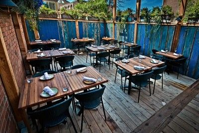 contemporary outdoor furniture makes your restaurant patio sizzle