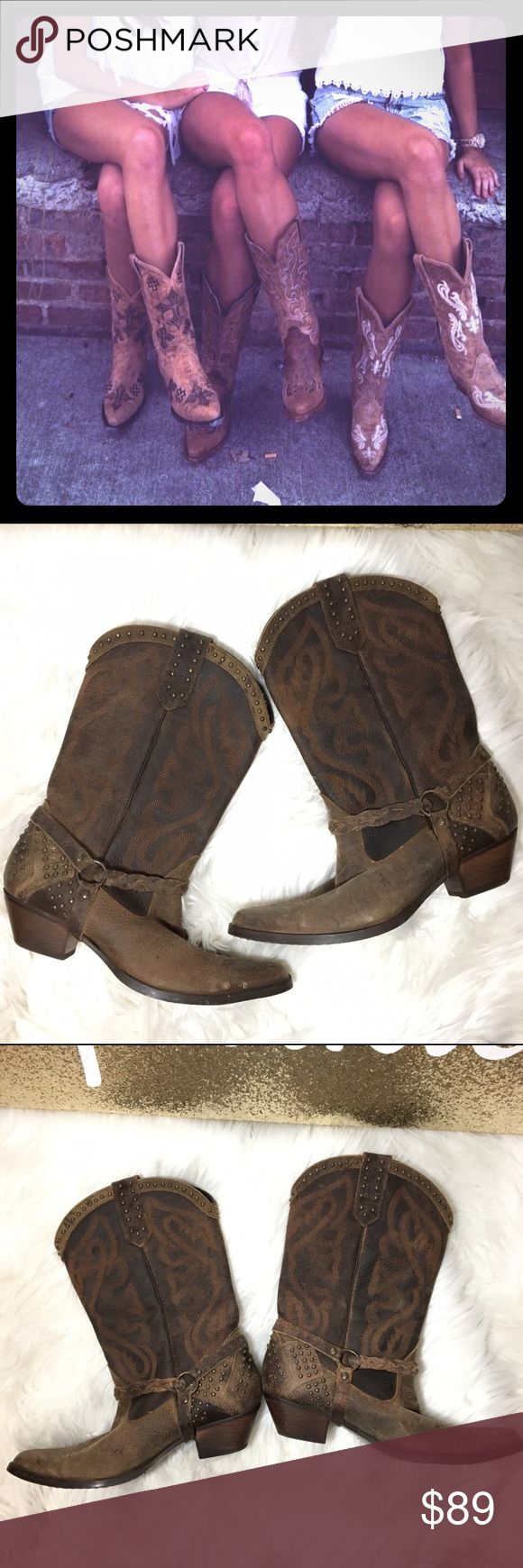 Gorgeous Oak Tree Farms Cowgirl Boots These timeless beauties are in great condition! Oak Tree Farms Shoes Heeled Boots
