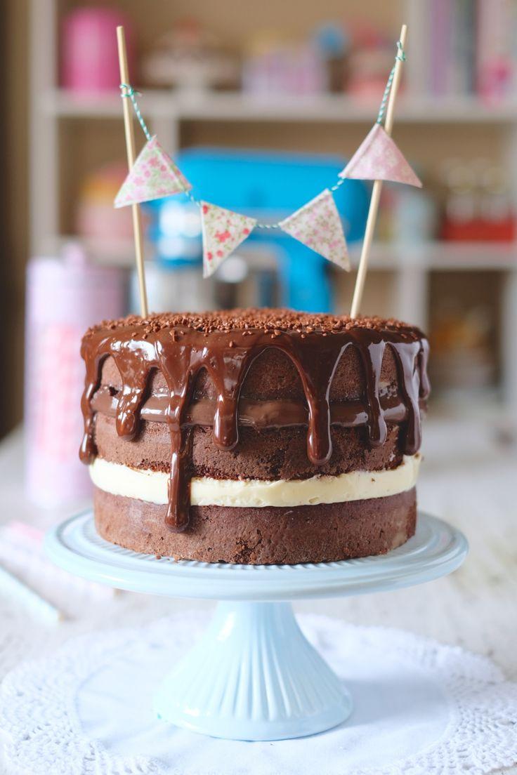 Receita de Naked Cake com recheio de brigadeiro e 4 leites – ninguém vai…