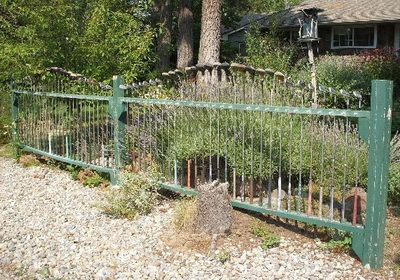 Recycled Metal Projects Golf Club Fence Diy Tips