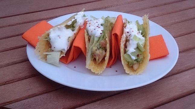 Mexická kuchyně je založená na ingrediencích, jako jsou fazole, kukuřice a pšeničná či kukuřičná mouka na tortilly, nachos a tacos. Že ani jednu z těchto surovin nejíme? Nevadí. Pokud se stravujete...