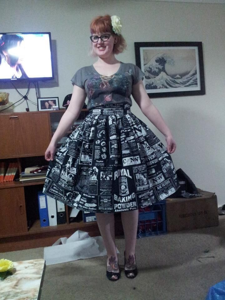 DIY Simple Gathered Rockabilly Retro Skirt with FREE Step-by-Step Sewing Tutorial