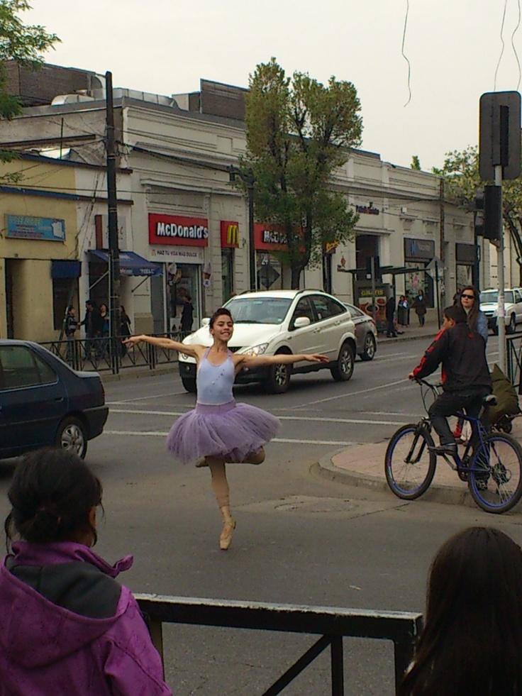 Bailarina en la calle.