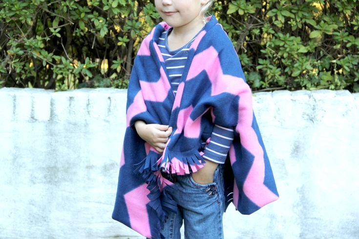 Adorable kids fleece cape scarf/ need to keep this in the car for cold weather!