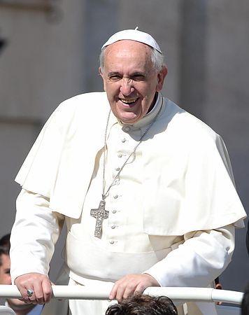21日、バチカンのサンピエトロ広場で一般謁見に臨むフランシスコ・ローマ法王(EPA=時事) ▼23May2014時事通信|ローマ法王、24日から中東訪問=東西教会和解50年で http://www.jiji.com/jc/zc?k=201405/2014052300673 #Vatican #Pope_Francis #Papa_Francisco #Papa_Francesco