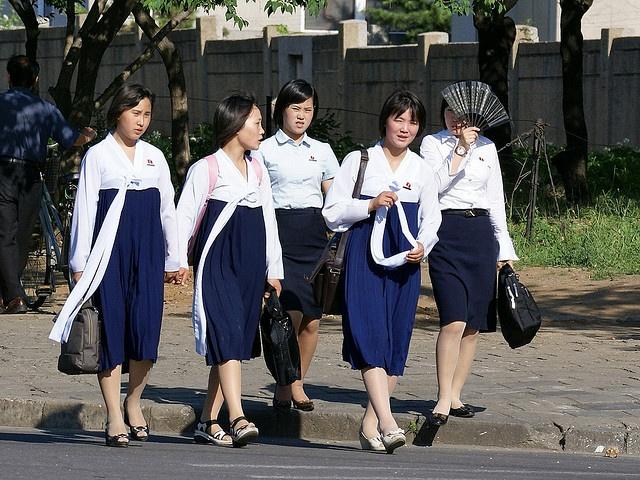 North Korean students in hanbok (chosun ot)