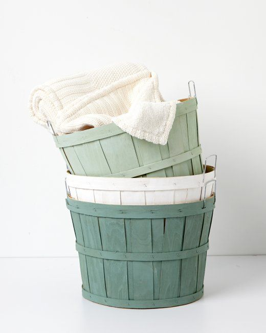 Vintage Painted Orchard Baskets using Martha Stewart vintage decor chalk paints + clear wax