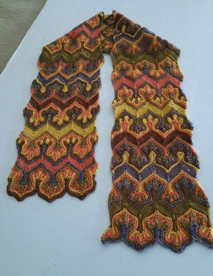 Fox Paws – Not Your Average Knitting Pattern