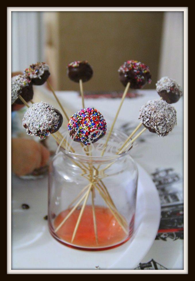 make cakepops, easy cakepops