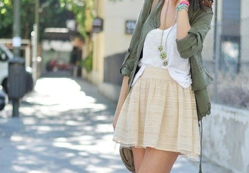 Anorak jackets + feminine skirts.Boho Chic, Full Skirts, Fashion Style, White Shirts, Feminine Skirts, Fashion Blog, Comforters Fashion, Fashion Women, Style Fashion