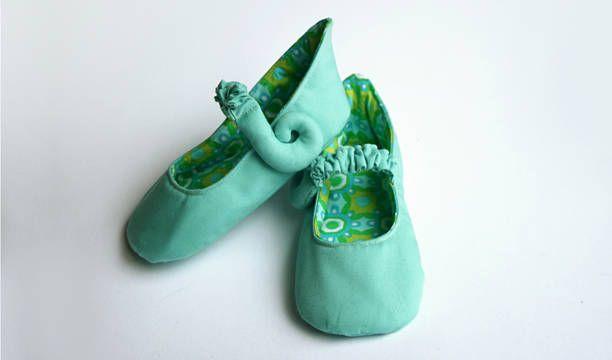 Ballerina-Hausschuhe Kinderhausschuhe Ballerinas nähen Schnittmuster Anleitung orimono makerist