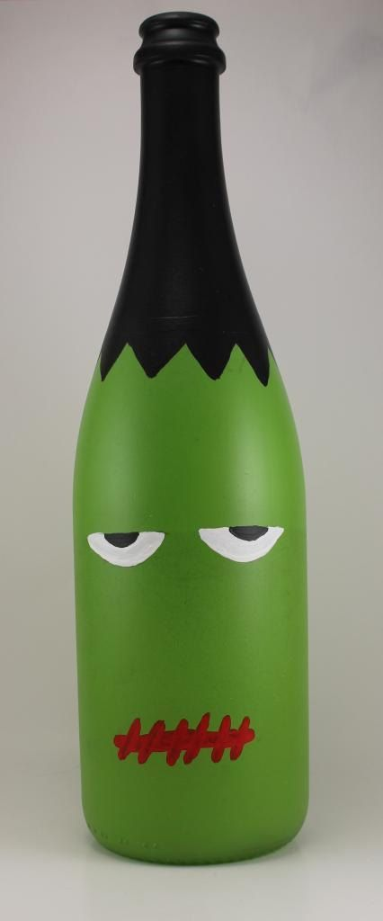 halloween wine bottle decorations | Halloween Painted Wine Bottles