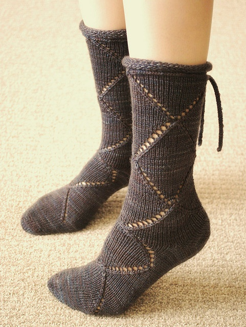 Knitting Pattern For Sandal Socks : 17 Best images about knitting and crochet on Pinterest Yarns, Ravelry and P...