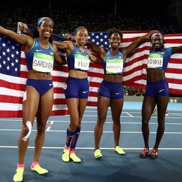 English #Gardner, Allyson #Felix, Tianna #Bartoletta e Tori #Bowie, dopo aver vinto l'oro nella staffetta 4x100