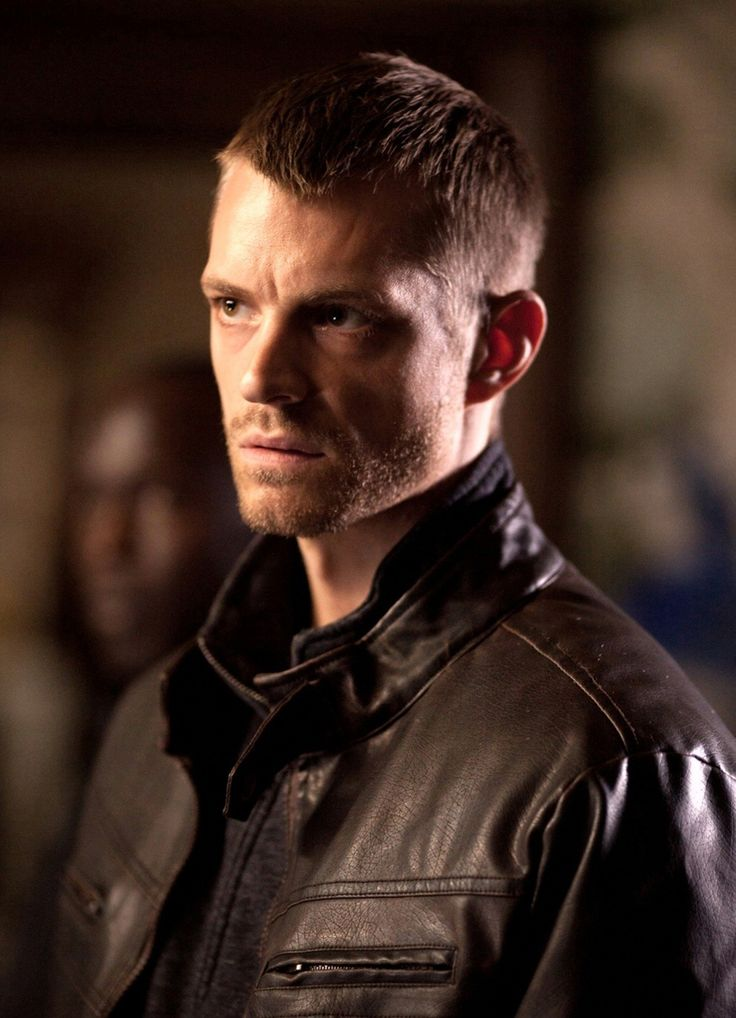 Netflix has announced the casting of Suicide Squad and House of Cards' Joel Kinnaman in the lead role in their upcoming sci-fi series Altered Carbon.
