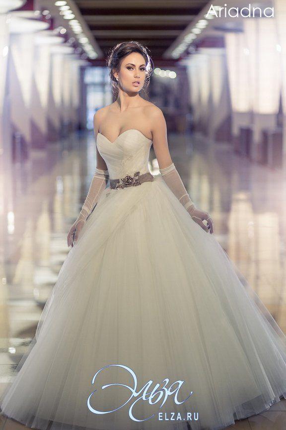Cвадебное платье Ариадна: а-силуэт, балетный стиль, длинное платье, с вырезом сердечком, с пышной юбкой, без шлейфа, модель до 2016 года, без рукавов, платье, в ограниченном количестве, фатиновая юбка, пояс, основная ткань: фатин