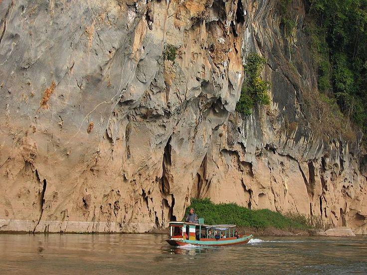 A ferryboat between Nong Kiau and Luang Prabang