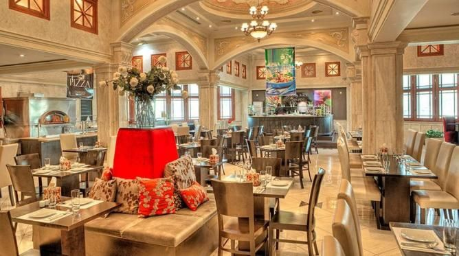 The 10 top restaurants in tehran iran persian fine for Divan restaurant tehran